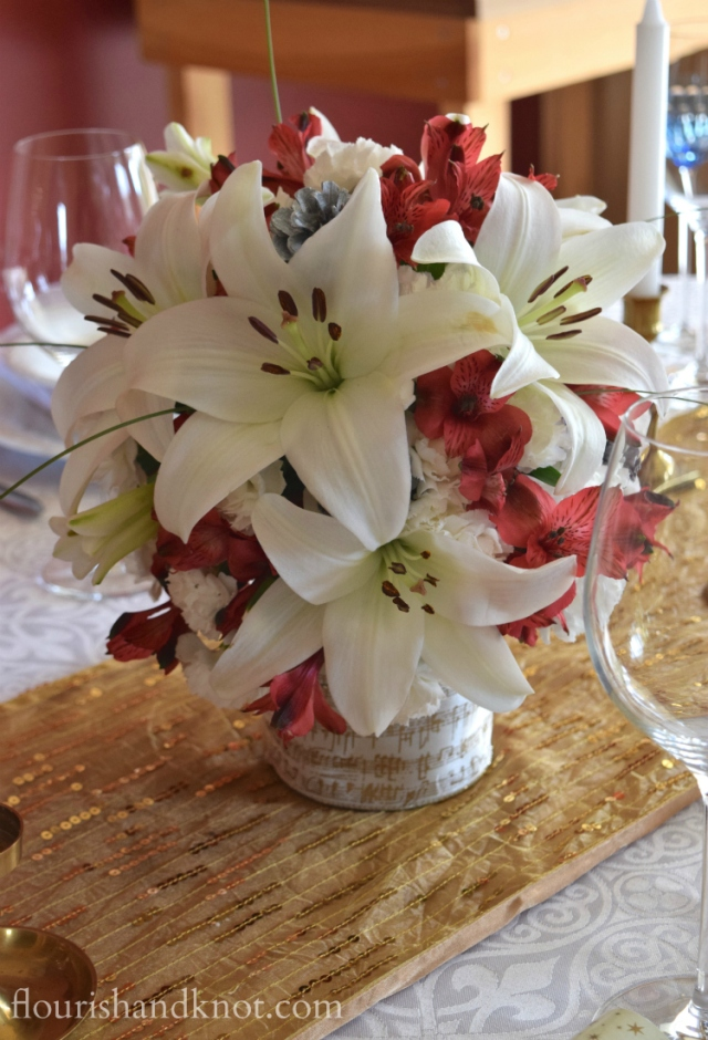 Flourish & Knot's 2015 Christmas Home Tour | flourishandknot.com | Red, white, and gold Christmas centerpiece
